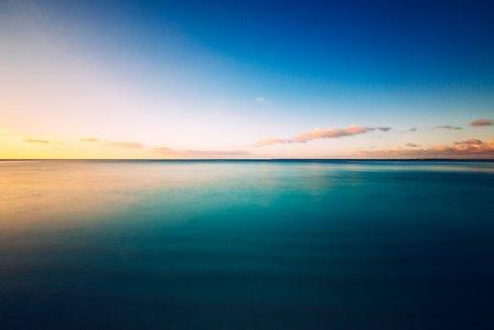 Séjour en Nouvelle Calédonie vue de l'océan pacifique depuis l'île de Lifou un voyage routedelacaledonie.com