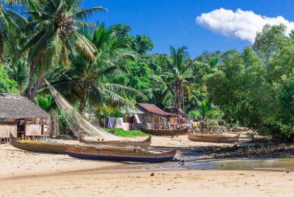 Votre séjour en Nouvelle-Calédonie au Gîte Ka Waboana à Hienghene avec routedelacaledonie.com
